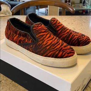 KurtGeiger LONDON Calfhair Tiger Slip-on Sneaker38